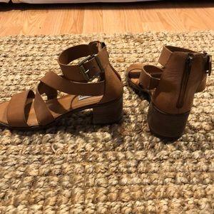 ab4bb7c640c Steve Madden Shoes - Steve Madden Raeleen sandals